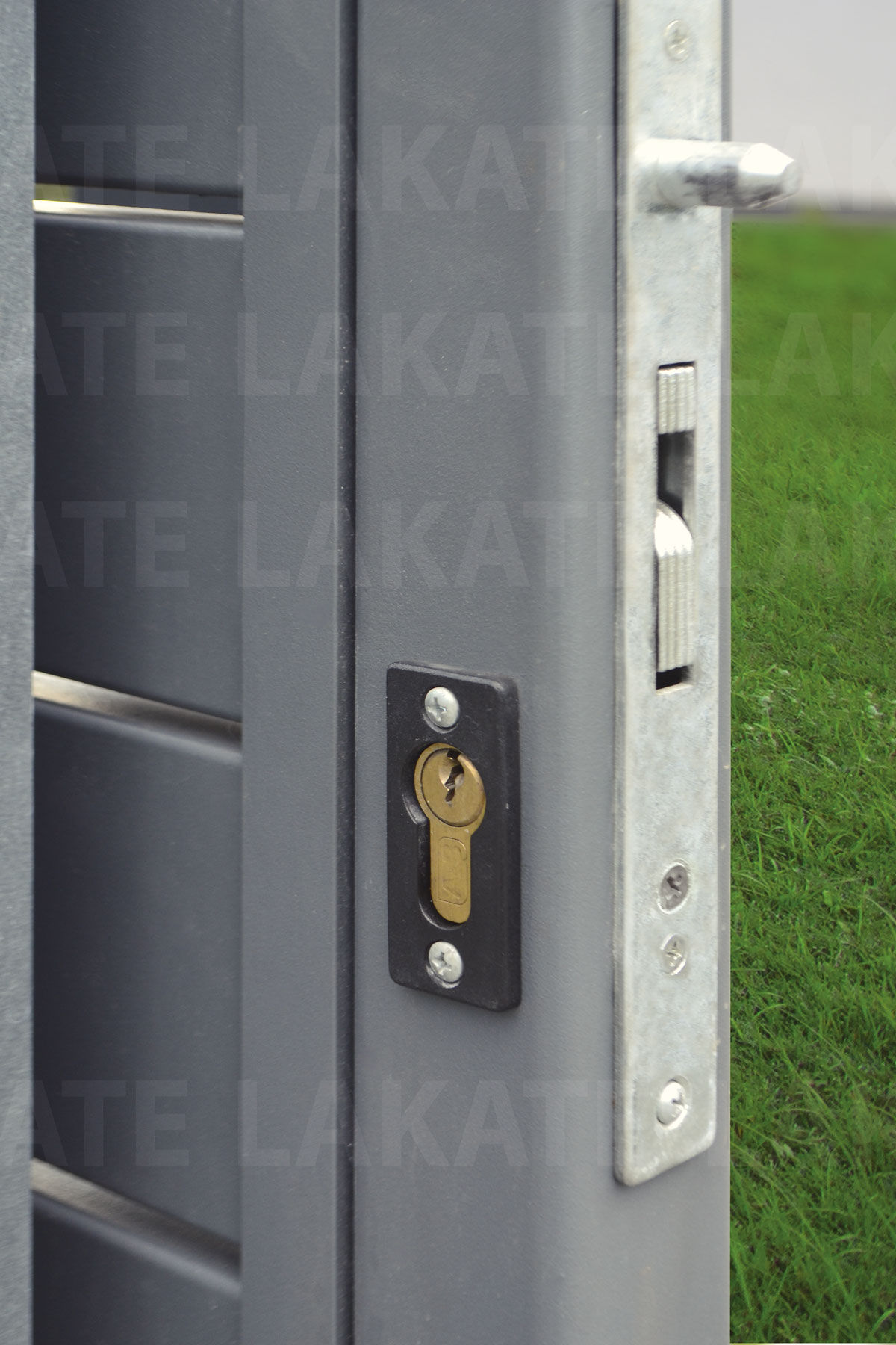 Brama przesuwna (widok z tyłu)