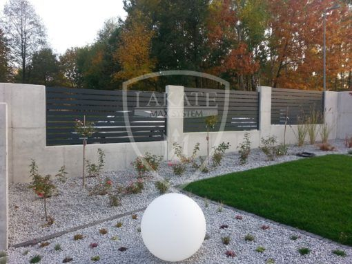 Zaun aus Aluminium Optimal & Sichtbeton