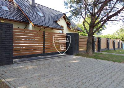Aluminium Einfahrtstor, Holzoptik